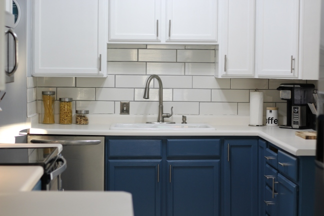 You don't have to spend thousands remodeling your kitchen—DIY it for $800 or less